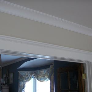 crown_moulding_and_door_trim_by_hearte42-d5x2ria.jpg